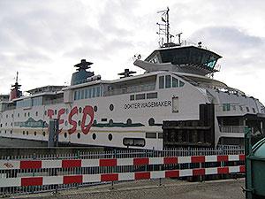 Moderne Fähre zur Insel Texel